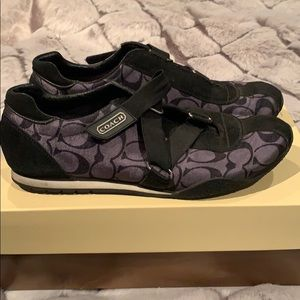 Coach gym shoes size 8 used